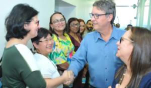 Secretários dos conselhos de Educação do Brasil visitam Centro de Mídias do Amazonas